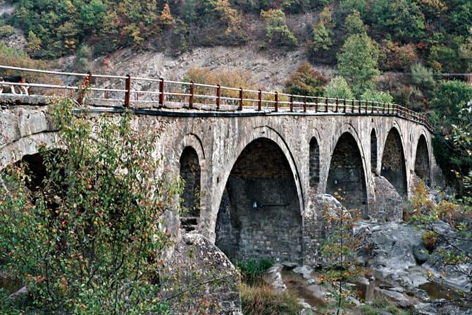 stavropotamos-bridge-athens-2004-3